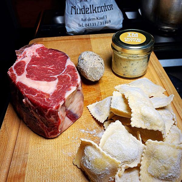 Kalbin Prime Rib Steak kaufen. Prime Rib Steak online kaufen - im Online Shop
