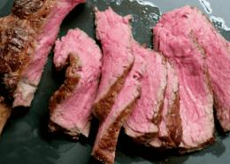 """Rezept: Prime Rib """"Dry Aged"""" von der Kalbin & klassische Beilagen, Wiesbauer Gourmet"""