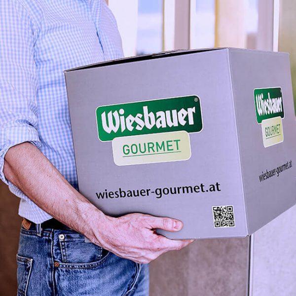 Pork Drumsticks sous vide vorgegart 640g online kaufen im Shop. (2 x Schweinshaxn pro Packung). In nur 25 Minuten servierfertig. Ohne Geschmacksverstärker!
