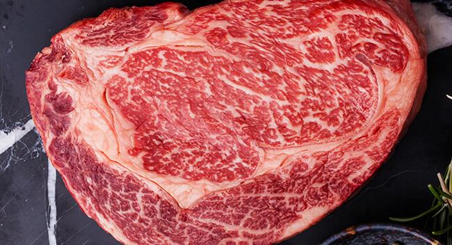 Black Angus Rindfleisch kaufen, Black Angus Rind, Black Angus Rindfleisch kaufen, Premium Black Angus Beef Steaks online kaufen, Gourmet Rindfleisch vom Black Angus Rind. Blackangus, Black Angus Beef, Black Angus Fleisch bestellen