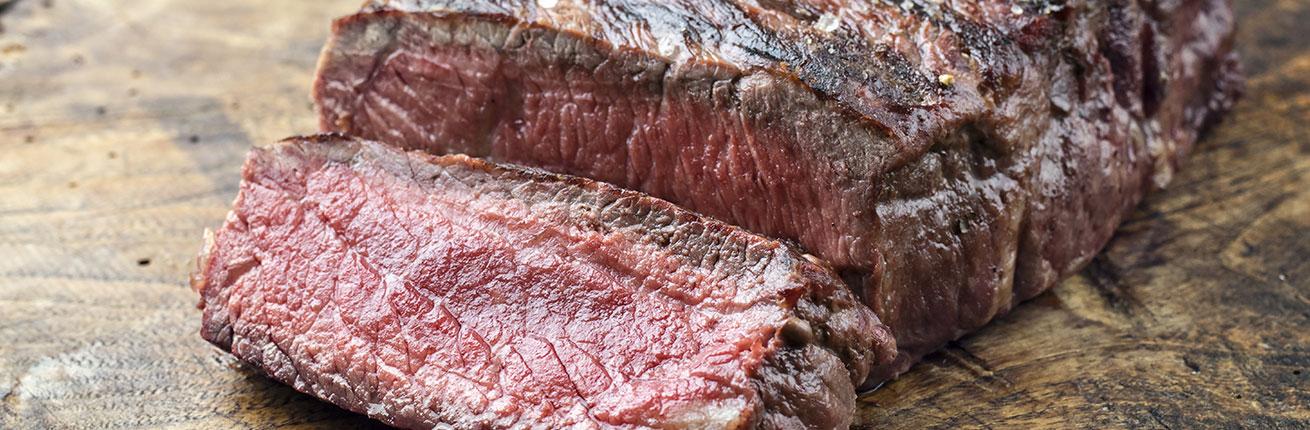 Beiried im Ganzen kaufen ➤ Roastbeef / Rumpsteak kaufen ➤ Beiried im Ganzen vom Rind online bestellen ✓ Karreerose ✓ Roastbeef ✓ Striploin ...